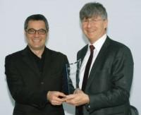 Imagem da notícia: Melhor empresa de óculos de sol 2009