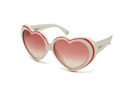 Imagem da notícia: Óculos que emanam amor