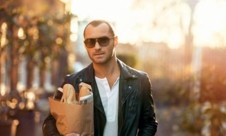 Imagem da notícia: Vogue Eyewear estreia-se nas coleções masculinas