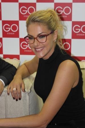 Imagem da notícia: Go Eyewear: óculos no feminino