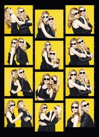 Imagem da notícia: Jerry Hall e a filha de óculos pela Sunglass Hut
