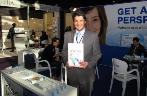 Imagem da notícia: Paris conhece lentes de contacto de Singapura