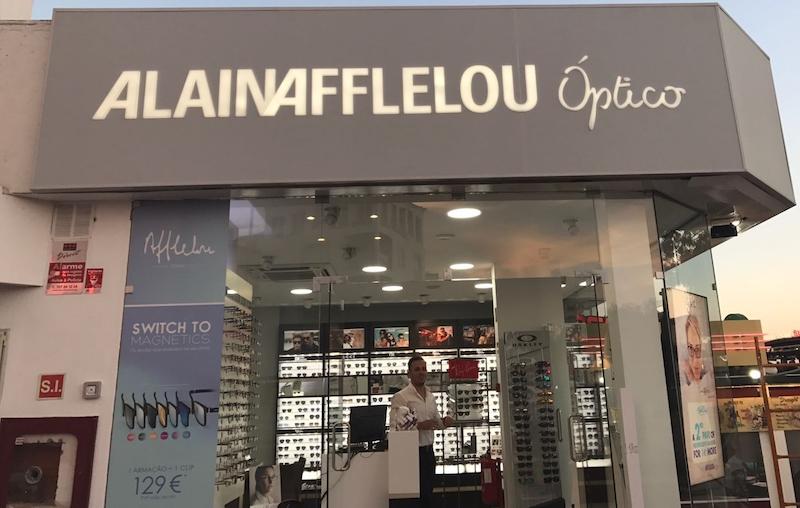 1e4ff7cc3c188 Alain Afflelou abre novas lojas   ÓpticaPro