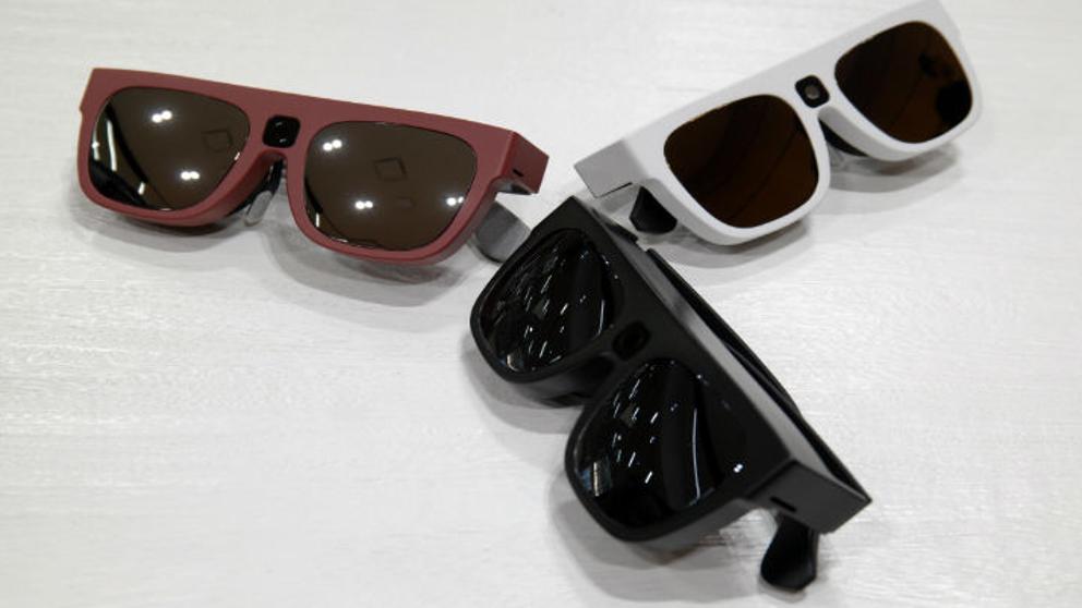 Imagem da notícia: Óculos com câmara que poderão reduzir problemas visuais