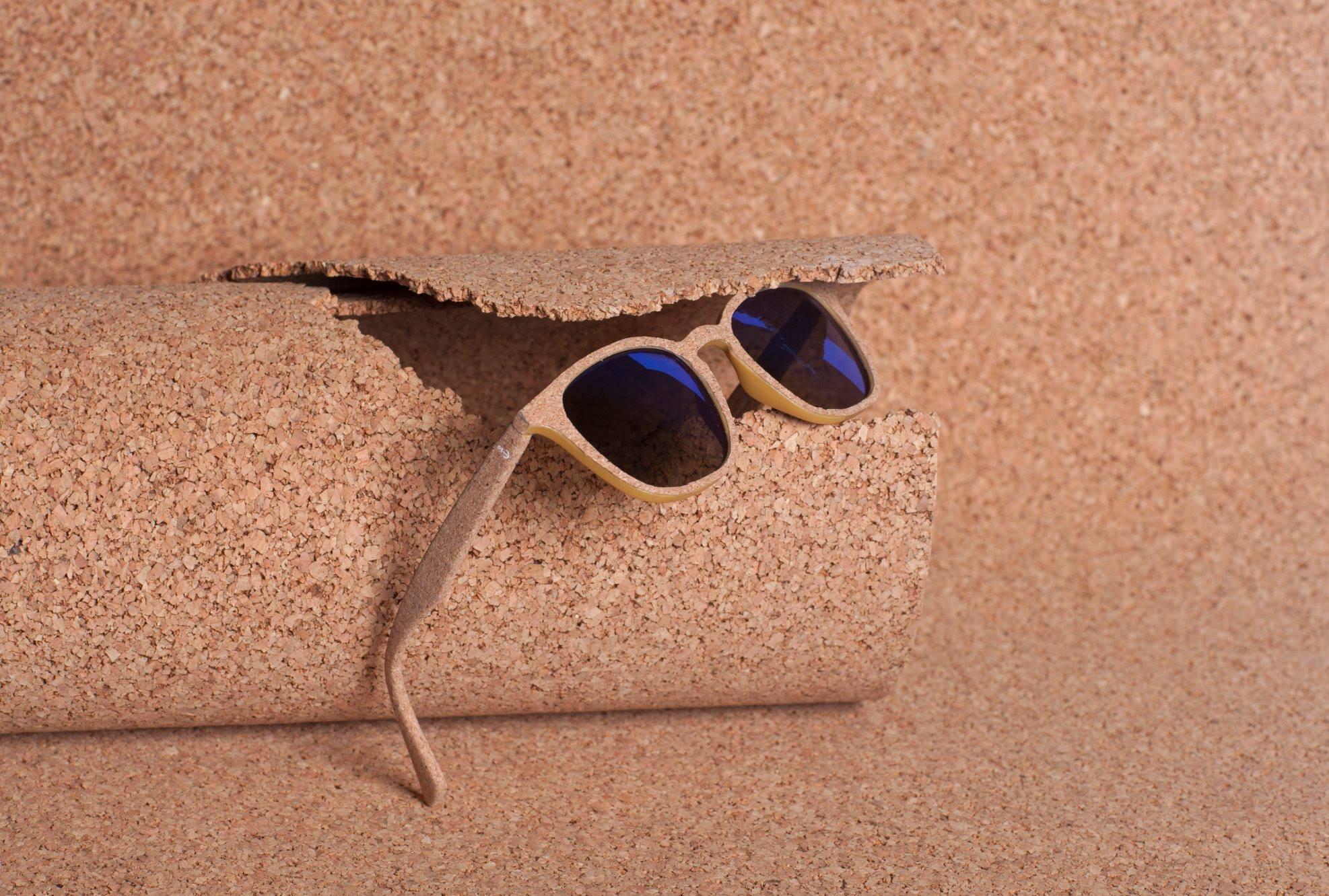 Imagem da notícia: Parafina: Salve o ambiente de óculos de sol