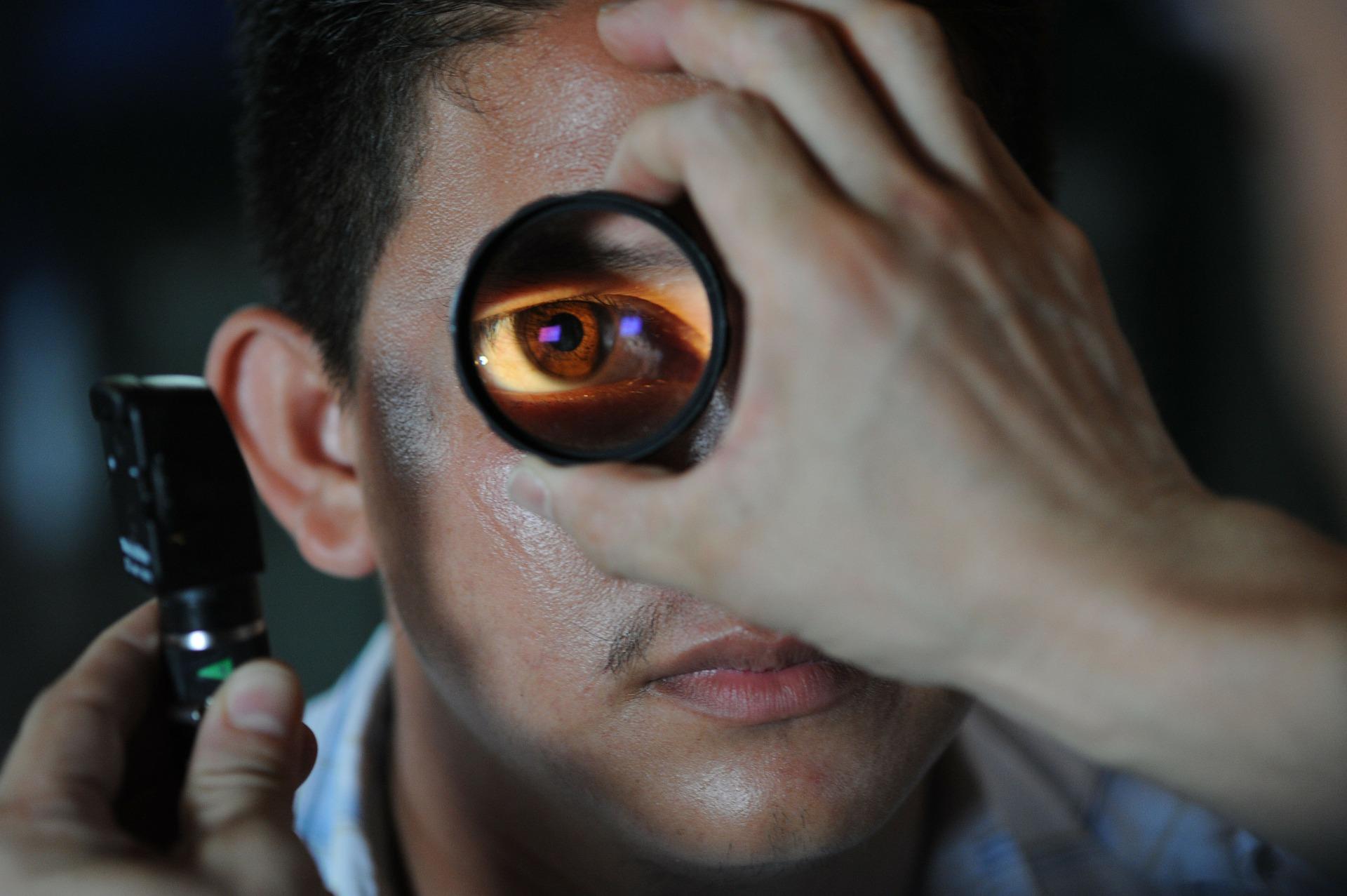 Imagem da notícia: Reduzir as listas de espera para oftalmologia