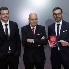 Imagem da notícia: Shamir Portugal recebe Prémio Produto do Ano 2020