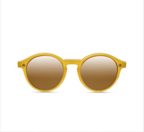 Imagem da notícia: Parafina: combine os óculos de leitura com clipes solares