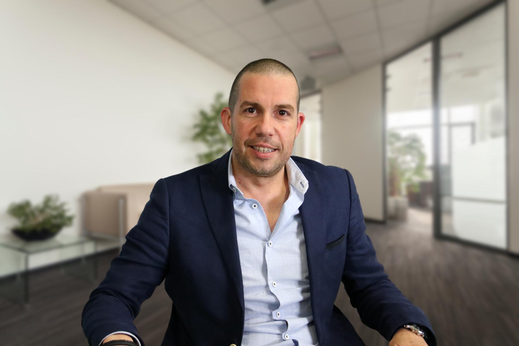 Imagem da notícia: Hélder Amador é o novo diretor comercial e sales manager da FEEDiU